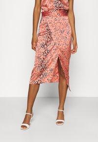 Never Fully Dressed - MULTI USE LEO JASPRE SKIRT - Pencil skirt - orange - 0