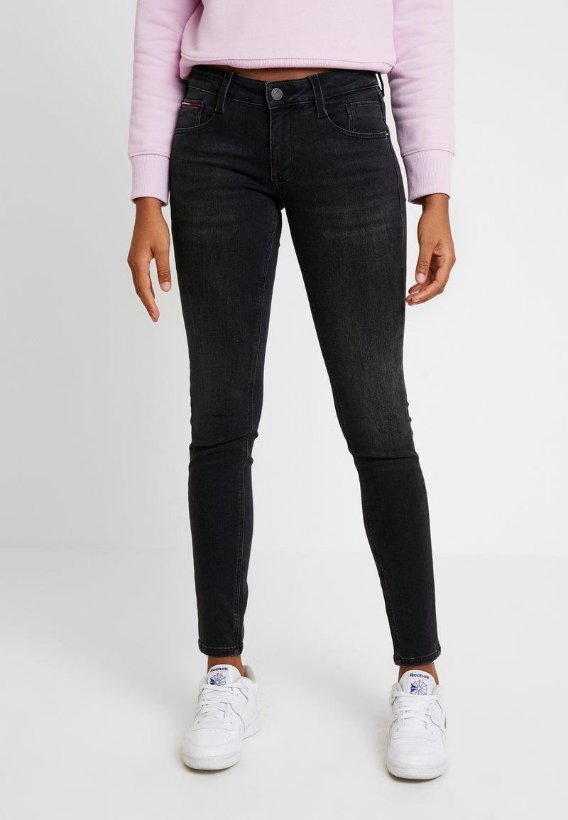 Tommy Jeans - SCARLETT - Skinny džíny - west black