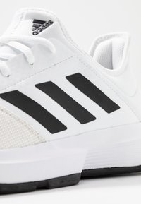 adidas Performance - GAMECOURT BARRICADE CLOUDFOAM TENNIS SHOES - Zapatillas de tenis para todas las superficies - footwear white/core black/grey one - 5