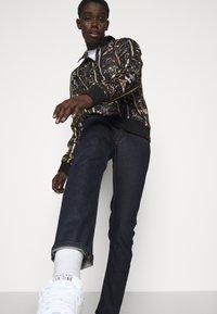 Versace Jeans Couture - DRILL - Skinny-Farkut - light-blue denim - 4