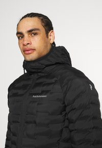 Peak Performance - ARGON LIGHT HOOD JACKET - Outdoor jacket - black - 3
