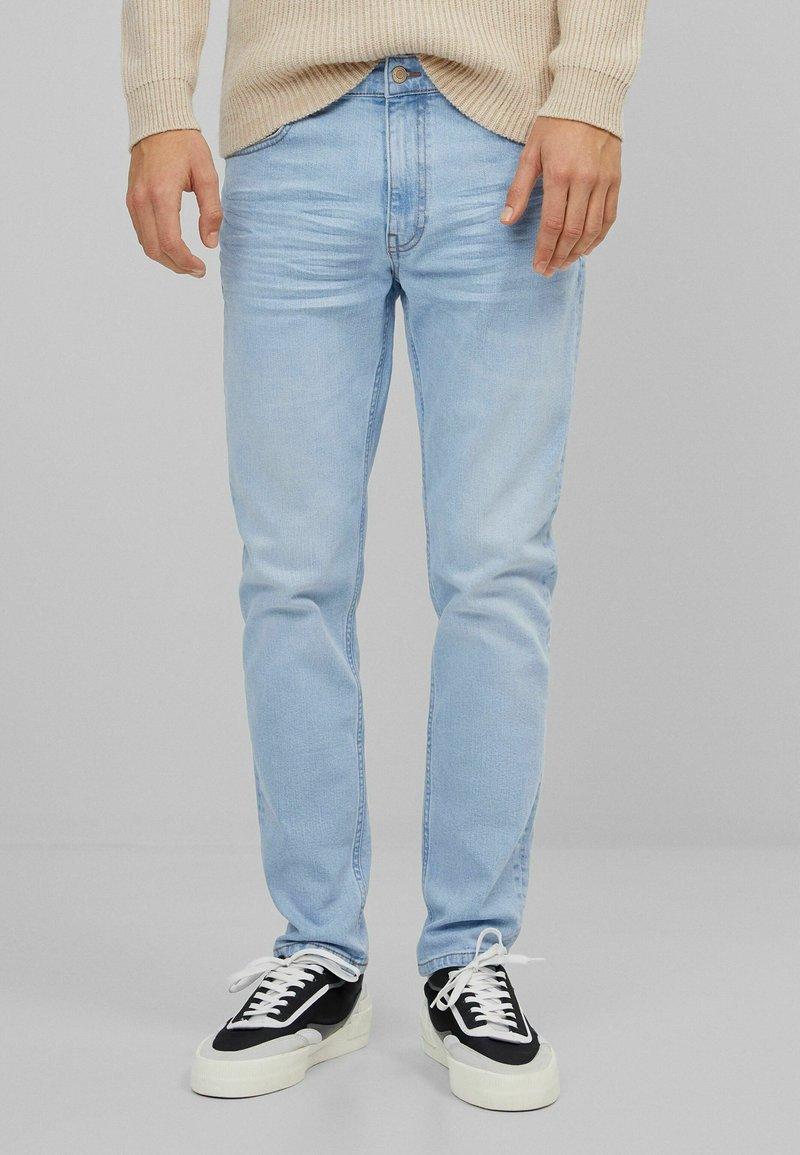 Bershka - Slim fit jeans - light blue