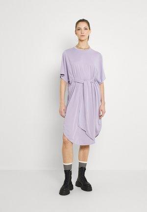 Jerseykjole - lilac purple dusty light