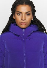 Champion - HOODED JACKET ROCHESTER - Winter jacket - royal blue - 3