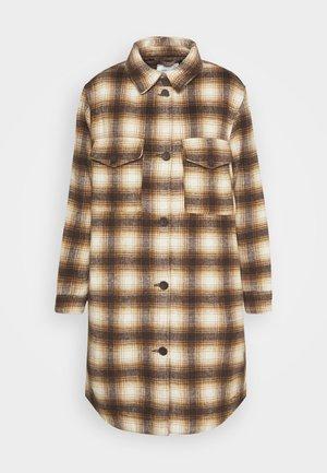 JDYTIK LONG - Klassinen takki - tannin