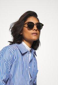 Even&Odd - Okulary przeciwsłoneczne - brown - 1