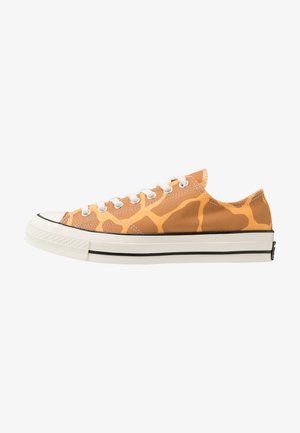 CHUCK TAYLOR ALL STAR - Sneaker low - melon baller/raw sugar/egret