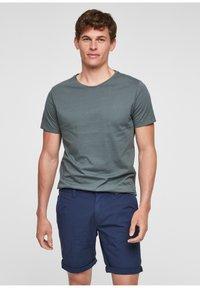 s.Oliver - BERMUDES - Shorts - blue - 1
