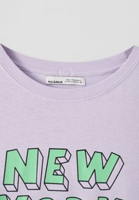 PULL&BEAR - Print T-shirt - purple - 3