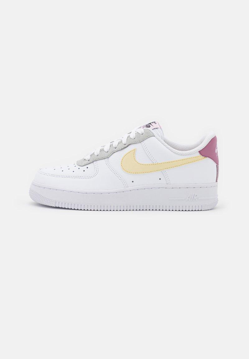 Nike Sportswear - AIR FORCE 1 - Sneakers basse - white/lemon drop/regal pink
