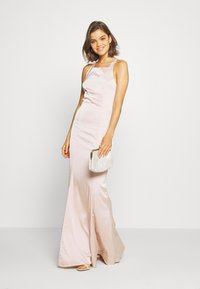 Nly by Nelly - RITZY FRINGE GOWN - Gallakjole - champagne - 1