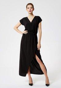 DreiMaster - Maxi dress - black - 0