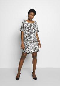 Frieda & Freddies - DRESS - Day dress - leo print - 0
