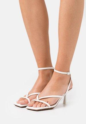 KAVIEL - Sandals - white