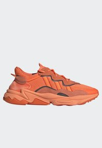adidas Originals - OZWEEGO SHOES - Trainers - orange - 9