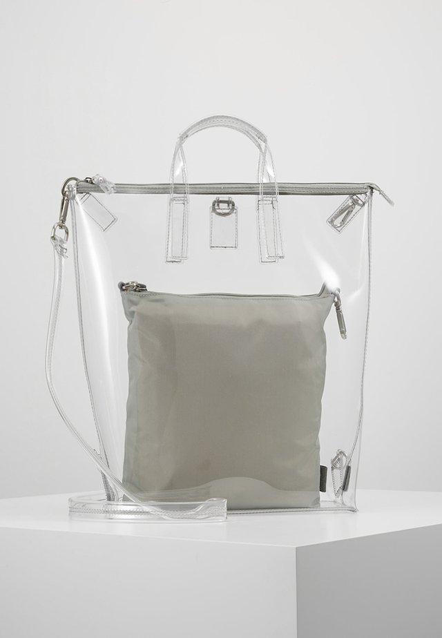 CHANGE BAG 3-IN-1 - Rucksack - clear