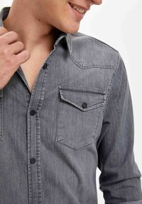 DeFacto - Overhemd - grey - 4