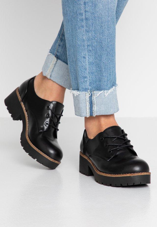 CHERBY - Zapatos de vestir - black
