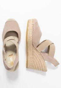 Vidorreta - Højhælede sandaletter / Højhælede sandaler - piedra - 3