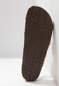Madden Girl - BRYCEEE - T-bar sandals - rose gold - 6