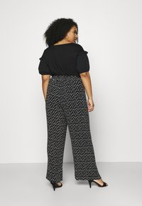 Simply Be - WIDE LEG PLISSE TROUSERS - Pantaloni - black - 2