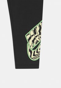 Nike Sportswear - PRINTED - Legginsy - black - 2