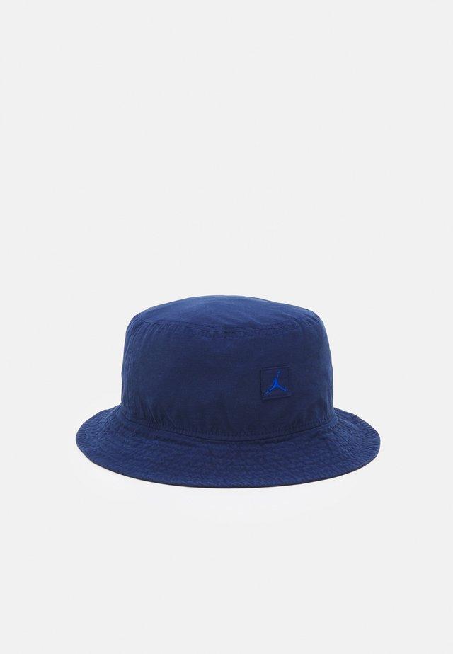 BUCKET WASHED UNISEX - Chapeau - blue void