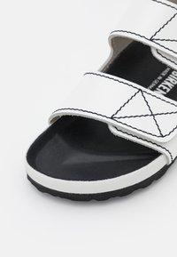 Birkenstock x Proenza Schouler - BIRKENSTOCK X PROENZA SCHOULER - Sandalen - white - 6