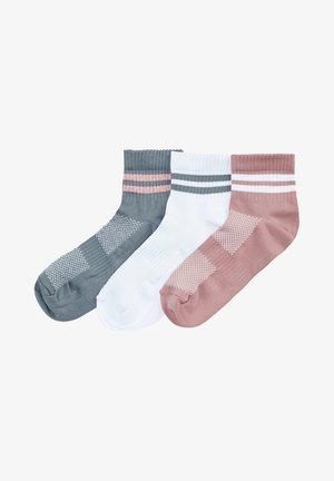 Socks - white