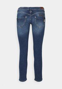 Freeman T. Porter - ALEXA CROPPED - Jeans Skinny Fit - madera - 6