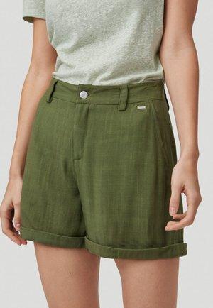 Shorts - winter moss