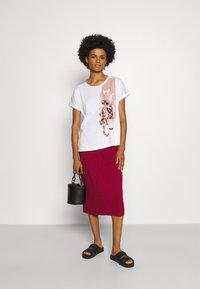 Marc Cain - Print T-shirt - multi-coloured - 1
