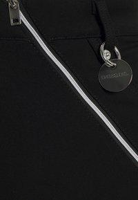 Diesel - O-CROSS - Pencil skirt - black - 2