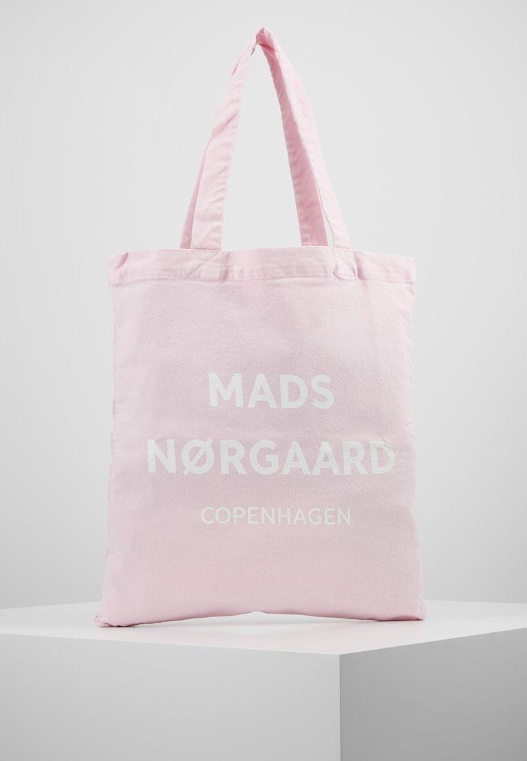 Mads Nørgaard - ATOMA - Tote bag - hot rose