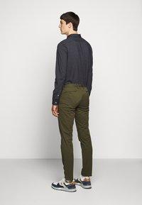 Polo Ralph Lauren - STRETCH SLIM FIT COTTON CHINO - Pantalon classique - expedition olive - 2