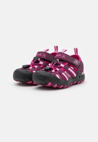 Kamik - CRAB UNISEX - Walking sandals - plum/prune - 1