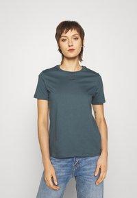 Holzweiler - SUZANA TEE - Basic T-shirt - blue - 0