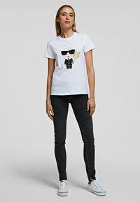 KARL LAGERFELD - K/ZODIAC - VIRGO - T-Shirt print - white - 1