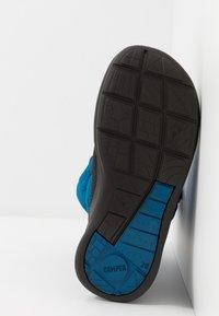 Camper - ERGO  - Zimní obuv - blue/grey - 5