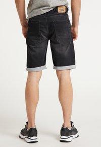 Petrol Industries - SHORTS - Denim shorts - black stone - 3