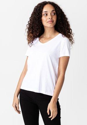 MATHILDA - Jednoduché triko - white