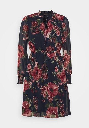 VMNEWSUNILLA SMOCK DRESS