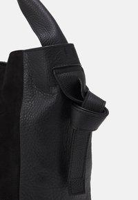 CLOSED - ALYSSA SET - Handbag - black - 4