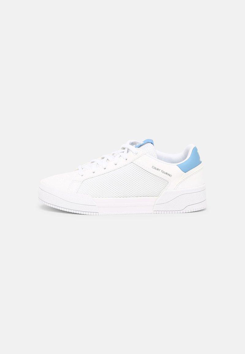 adidas Originals - FORUM UNISEX - Baskets basses - white/light blue/core black