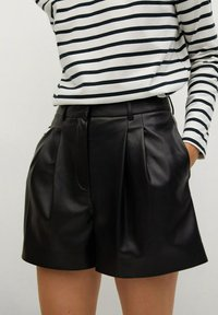 Mango - Shorts - zwart - 4