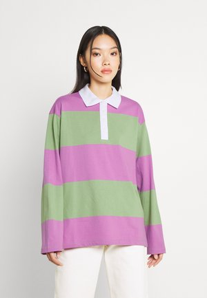 LAURA RUBGY - Polo shirt - green medium/lilac