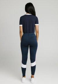 SIKSILK - RINGER  - Camiseta estampada - navy - 2
