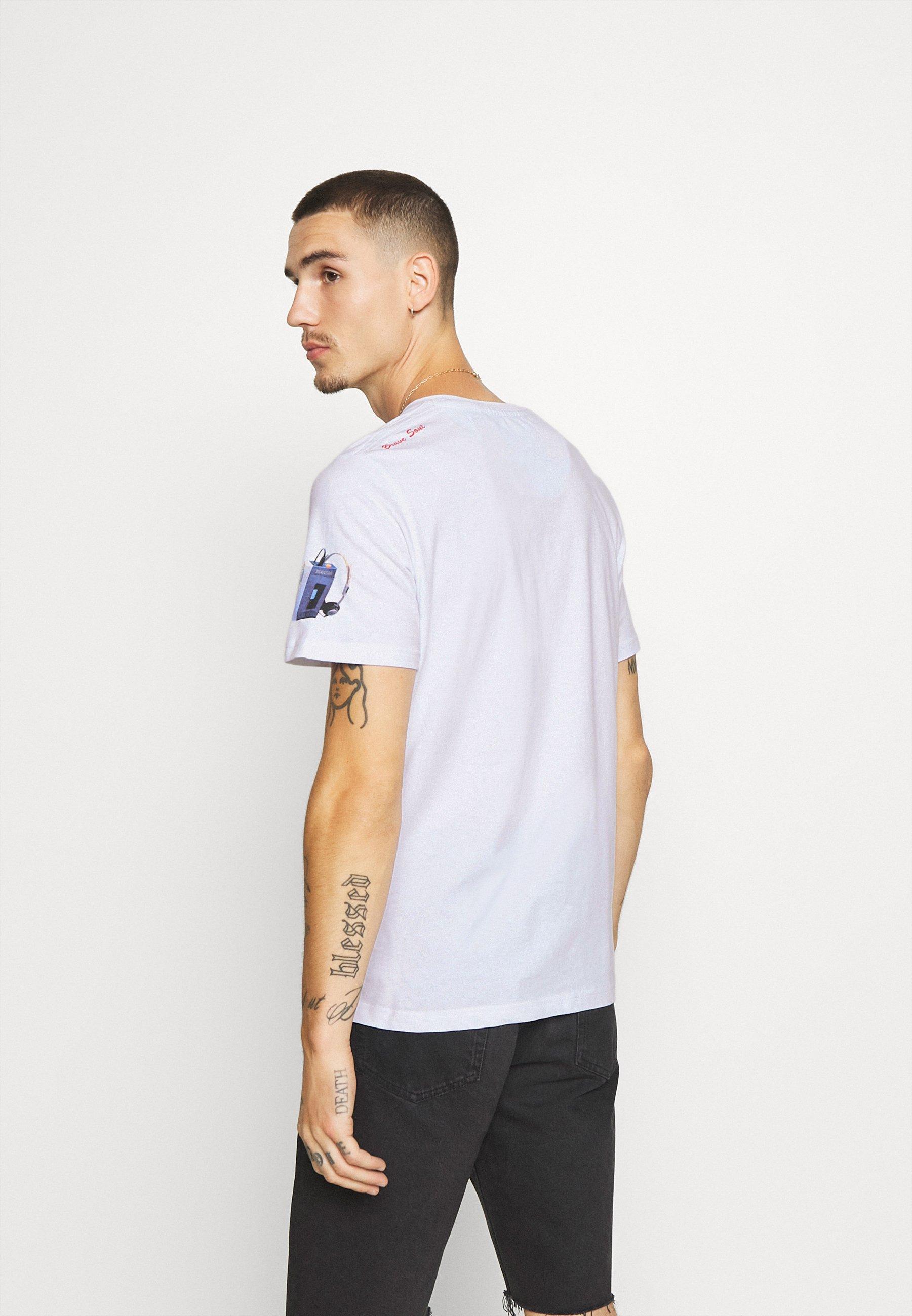 Brave Soul DECADE - Print T-shirt - white UKXeJ