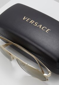 Versace - Sunglasses - gold-coloured/brown - 2