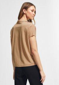 comma - Polo shirt - sahara - 1